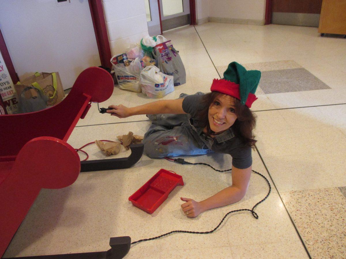 Elves busy preparing for Christmas Concert
